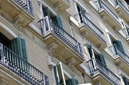 זכות שימוש של פולש בדירה שנבנתה ללא היתר ברכוש משותף