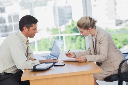 חוזה עבודה בין שותפים: תנאי יסודי לתחילת שותפות