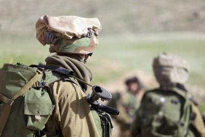האם כל חייל צריך עורך דין צמוד?