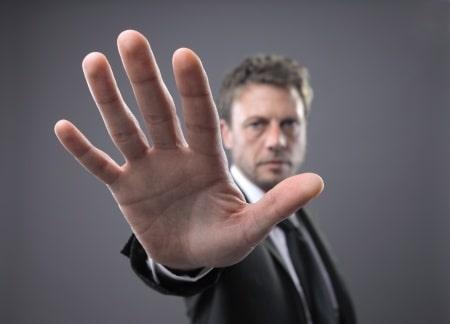 עבירת תקיפה: אילו סוגים קיימים בחוק ואיך מומלץ להתנהל בחקירה?
