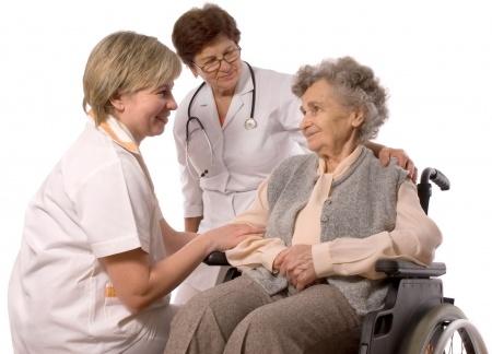 מדריך נבוכים: הרפורמה בפוליסות סיעוד של קופות החולים